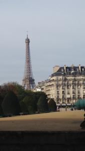 Torre Eiffel vista desde los Invalidos