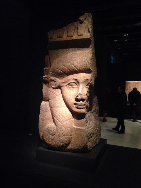 Capitel Hathor en exposición en Caixa Forum