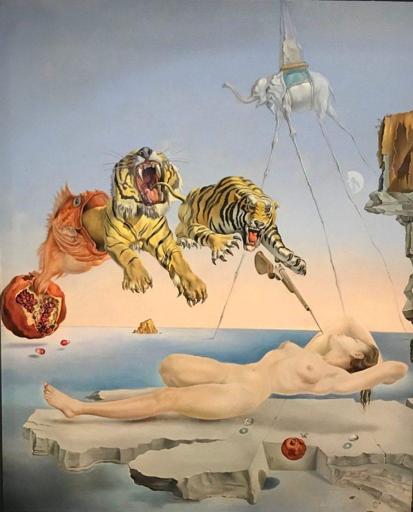 Sueño causado por el vuelo de una abeja alrededor de una granada un segundo antes de despertar. Salvador Dalí