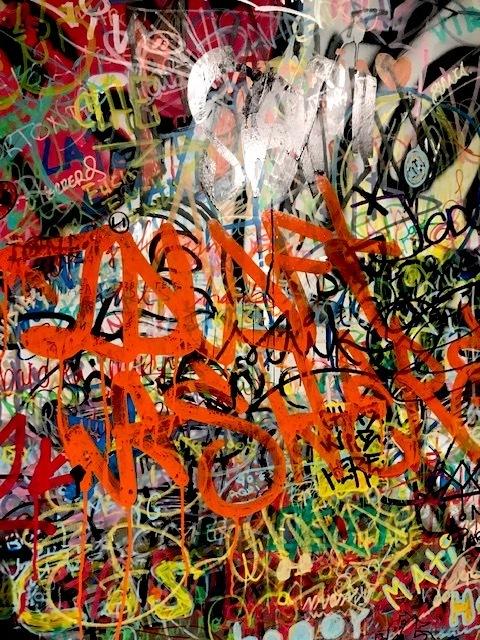 graffiti bansky ifema madrid