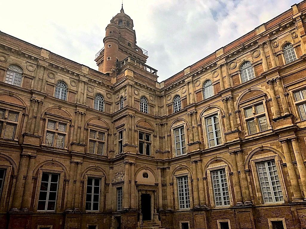 El palacete de Assézat en viaje a Toulouse