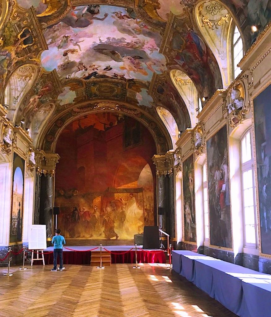 Sala Ilustres Capitolio Pinturas de Raymond Moretti